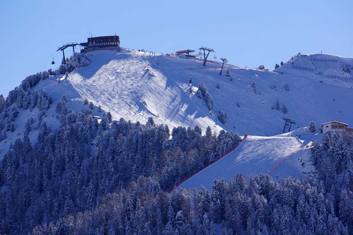 Ski slope Ciampinoi 3 to the Garni Astrid in Selva Val Gardena