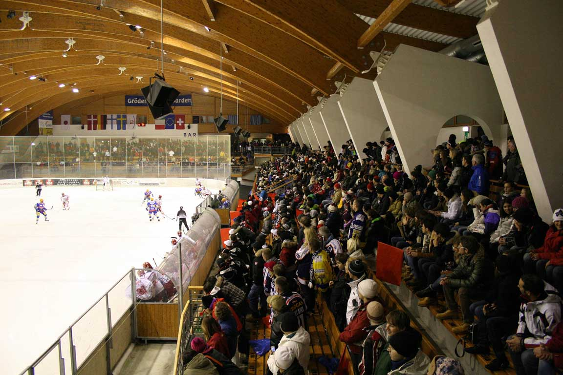Partite di hockey su ghiaccio in Val Gardena