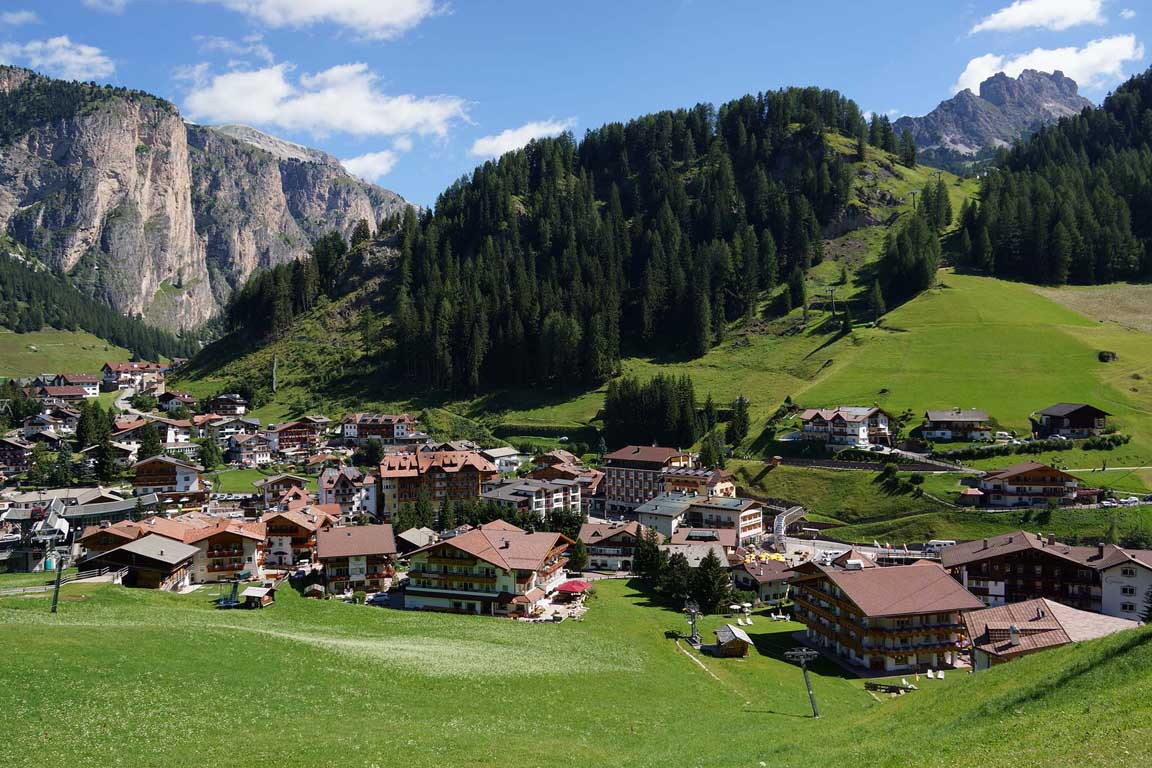Summer mountain holidays in the dolomites for The alpine lodge