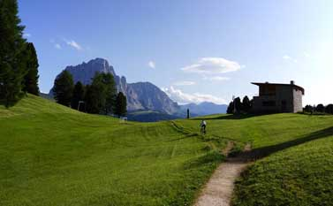 Mountain biking in Val Gardena